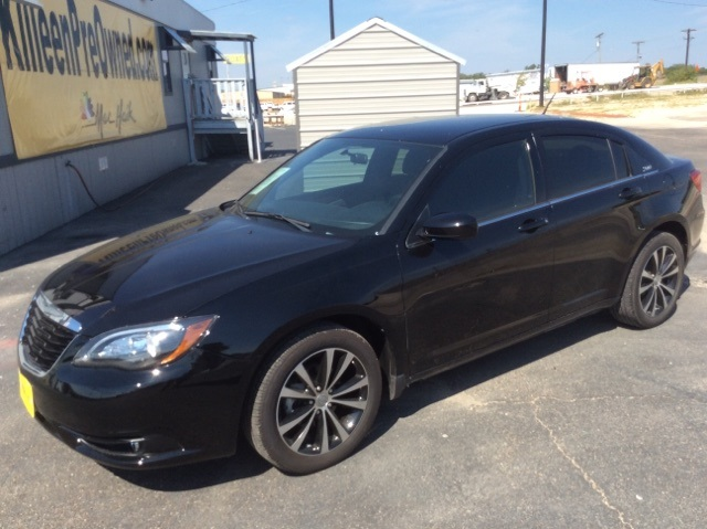 2013 Chrysler 200 Touring Black Clearcoat S PACKAGE Set down the mouse because this 2013 Chrys