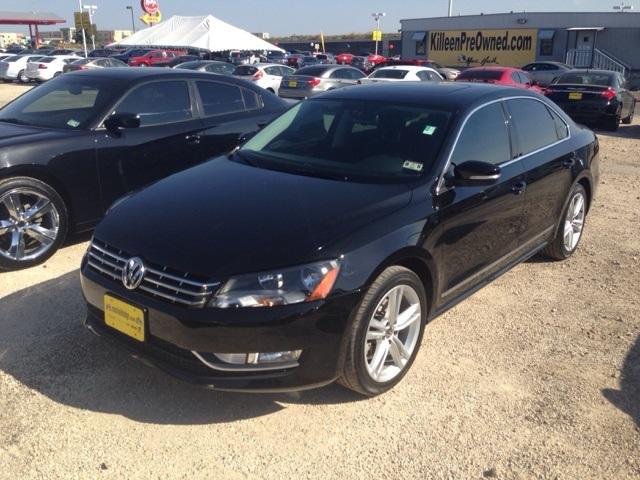 2014 Volkswagen Passat TDI SEL Premium Black CLEAN ONE OWNER CARFAX HISTORY REPORT Gorgeous P