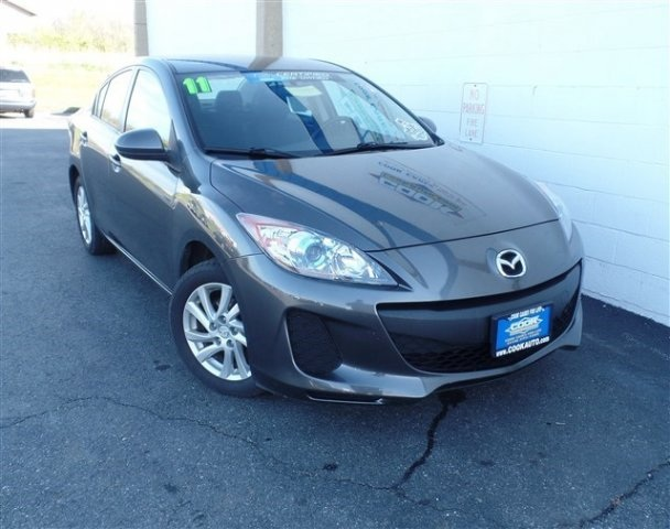 2012 Mazda Mazda3 i Gray Look Look Look Oh yeah CookAutocom has been servicing the automotiv