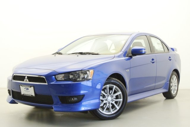 2015 Mitsubishi Lancer ES Blue 16 Steel Wheels wFull Wheel CoversDeluxe Fabric Seating Surface