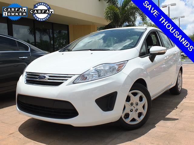 2013 Ford Fiesta SE White So few miles means its like new Gently used  Dont miss out on pur