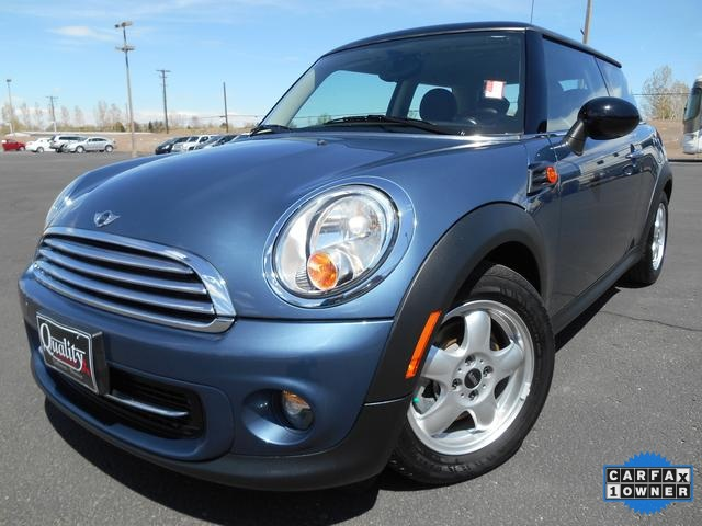 2011 Mini Cooper Base Blue WOW One Owner Priced to Sell Economy smart Gas miser This wonderf